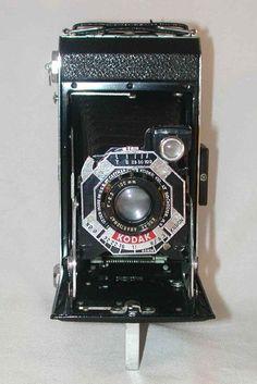 Kodak Six.20 Black Film Camera f 6.3 100 mm Kodak Anastigmata Lens Original Carrying Case and Box Made in USA