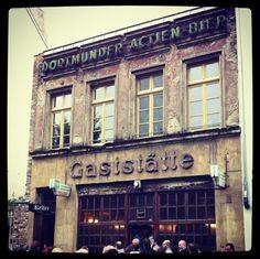 Diese abgerockte Fassade gehört zu einer der besten Gaststätten der Stadt … | 25 Geheimnisse, die Dir Menschen aus Köln nicht verraten