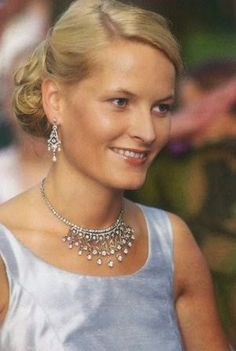 reina sonia de noruega - Buscar con Google