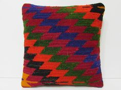 HAND WOVEN navy pillow sham green pillow by DECOLICKILIMPILLOWS