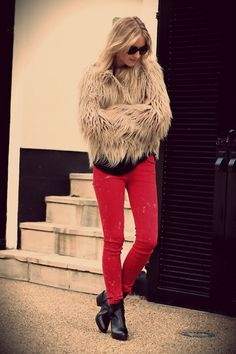 [OUTFIT] RED JEANS (by THEFASHIONGUITAR -) http://lookbook.nu/look/3369005-OUTFIT-RED-JEANS