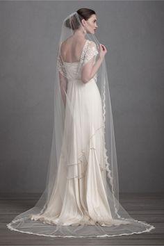 MissMrs, mucho más que una boda: Los vestidos y complementos de novia de BHLDN
