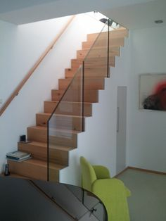 treppe und gel nder glas stahlkonstruktion haus innen pinterest. Black Bedroom Furniture Sets. Home Design Ideas