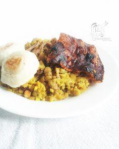 Poesía Culinaria . Sabores de Nati: Lechona Tolimense Colombiana con sabor a Navidad Colombian Food, Risotto, Grains, Rice, Ethnic Recipes, Pork Meat, Sweets, Ethnic Food, Deserts