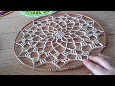 New crochet mandala doily dream catchers Ideas Granny Square Crochet Pattern, Crochet Flower Patterns, Crochet Doilies, Crochet Motif, Doily Dream Catchers, Dream Catcher Boho, Crochet Headband Free, Dream Catcher Tutorial, Crochet Wall Hangings