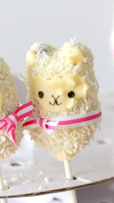 These adorable llamas are made fluffy with dried coconut and a delicious chocolate center!