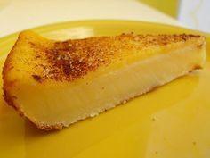 """Uma queijada de leite muito simples e rápida de fazer. A receita vem do blog espanhol """" Cooking com pausan """". Acrescentei o açúcar e canel..."""