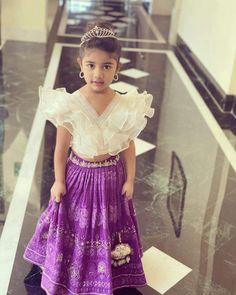 Traditional Dresses For Kids, Indian Dresses For Kids, Kids Indian Wear, Kids Ethnic Wear, Dresses Kids Girl, Girls Frock Design, Kids Frocks Design, Baby Frocks Designs, Baby Girl Lehenga