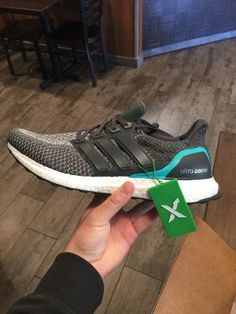 First pickup from StockX: Adidas Ultraboosts Shock Mint