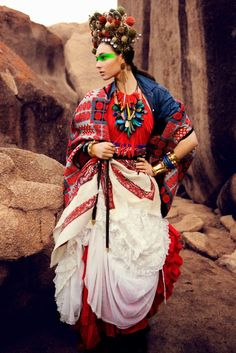 mood board inspirations # i can see this as a frida khalo costume. Moda Tribal, Tribal Mode, Foto Fashion, Fashion Art, Fashion Design, Wild Fashion, Fashion 2018, Fashion Models, Hippy Chic
