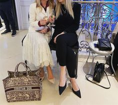 Christian Dior Book Tote bag Gray Dior Bags, Christian Dior, Tote Bag, Gray, Book, Fashion, Dior Purses, Ash, Moda