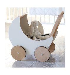 Ooh Noo Toy Pram