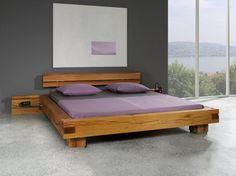 Balkenbett Sumpfeiche aus massiven Sumpfeichen Balken gefertigt. Platform Bed Designs, Platform Bed Frame, Bedroom Bed Design, Modern Bedroom, Bedroom Furniture, Furniture Design, Japanese Bed, Pallet Beds, Wood Beds