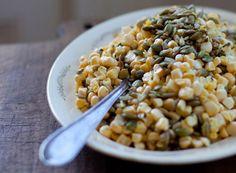 Ensalada de maíz amarillo y semillas de girasol