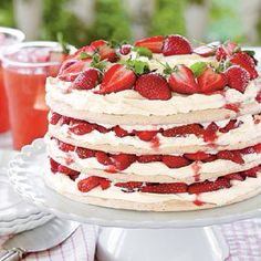 Yum! Nice summer alternative to a wedding cake! what is this??