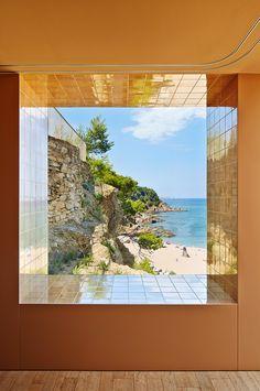 window . casa bastida
