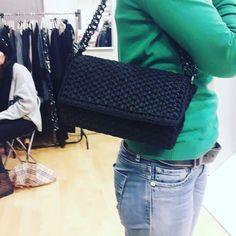Chanel Boy Bag, Shoulder Bag, Boys, Instagram, Fashion, Bags, Baby Boys, Moda, Fashion Styles