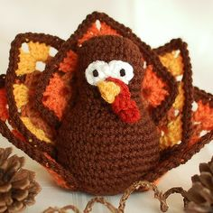 Crochet a cute and colorful cuddly amigurumi turkey and add to your Thanksgiving table! Today Petals to Picots is sharing a super adorable free amigurumi pattern with us: a crochet turkey toy ! Adorable, isn't it? We love handmade amigurumi toys so . Thanksgiving Crochet, Thanksgiving Projects, Crochet Fall, Holiday Crochet, Halloween Crochet, Cute Crochet, Thanksgiving Turkey, Thanksgiving Decorations, Christmas Knitting
