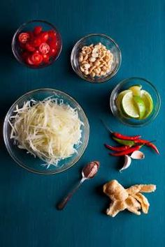How to make Papaya Salad / blog.jchongstudio.com