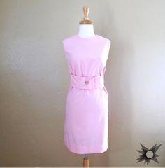 Vintage 1960's Pink Sleeveless A-line Shift Dress Size Small/ Medium by SatelliteVintageCo on Etsy