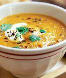 Pikantní mrkvová polévka s čočkou
