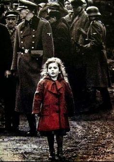 """Quando vengono """"toccati"""" i bambini si cade nell'infamia più profonda.Eppure in TV specialmente in questi giorni le vediamo a decine e decine morti nel confronto ebreo palestinese.In memoria di tutti questi piccoli bambini questa è la triste storia di Kurt e Liliana fratellini ebrei di Bagni di Lucca deportati nell'inferno di Auschwitz.Un racconto che fa riflettere..."""