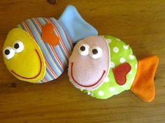 muñecos de trapo para bebes - peces