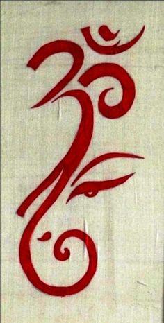 Ganesh/Om tattoo - love it! Om Ganesh, Ganesh Tattoo, Ganesha Art, Hindu Tattoos, Symbol Tattoos, Ganesh Lord, Ganesha Drawing, Lord Ganesha Paintings, Art Om