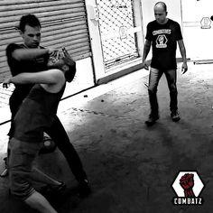 Less is more!  COMBATZ - Combatives Training DEFESA PESSOAL AO SEU ALCANCE.  Rua São Paulo 395   Victor Konder   Blumenau Tel/WhatsApp (47) 99614-3427 www.combatz.com.br