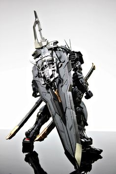 MG 1/100 Red Frame Kai - Re-Colored Build   Modeled by Suny Buny - Stormtrooper          CLICK HERE TO VIEW FULL POST...