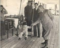 Inspiring Image on We Heart It Tatiana Romanov, Republic Of Turkey, History Images, Fat Man, Great Leaders, World Leaders, Galaxy Wallpaper, Boss Babe, Historical Photos