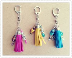 Llaveros Tassle Keychain, Diy Keychain, Leather Keychain, Hair Jewelry, Beaded Jewelry, Chunky Beads, Diy Rings, Pendant Design, Jewelry Making Tutorials