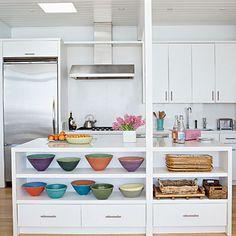 kitchen-colorful-bowls-l
