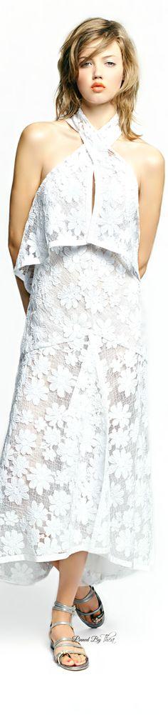 Chanel • Spring 2015 • WHITE • HAUTE • CHIC #fashion✿ιиѕριяαтισи❀ #abbigliamento