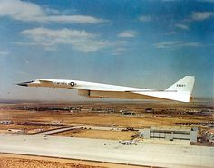 North American XB-70 Valkyrie on a test flight at Edwards Air Force Base, July 17,1965.