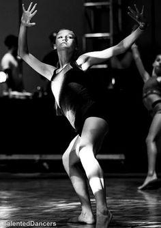 Modern Contemporary Dance, Contemporary Dance Photography, Autumn Miller, Alvin Ailey, Anatomy Study, People Dancing, Dance Movement, Tiny Dancer, Gymnastics