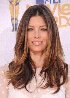 What I want my hair to look like Jessica biel Long highlights