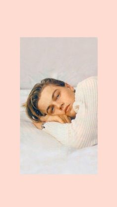 Hintergrund # Wallpaper # Dicaprio # Leo # Pink # Young # Leonardo– Hintergrund … – Hintergrund dicaprio # leo # pink # young # leonardo– Hintergrund – Hailey Baldwin Is Making Me Want to Buy These 9 Staples From Arket, Promi-Inspirationen … Celebrity Memes, Celebrity Kids, Celebrity Hairstyles, Celebrity Photos, Celebrity Style, Wallpaper Bonitos, Leonardo Dicapro, Selena Gomez Outfits, Young Leonardo Dicaprio
