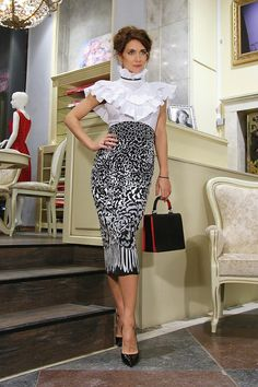 Waist Skirt, High Waisted Skirt, Female, Skirts, How To Wear, Fashion, Moda, High Waist Skirt, Skirt