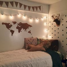 Awesome 75 Cute Dorm Room Decorating Ideas on A Budget https://homespecially.com/75-cute-dorm-room-decorating-ideas-budget/