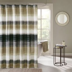 Create an earthy bathroom with this Madison Park Essentials Barrett shower curtain. In taupe. Cortina Box, Earthy Bathroom, White Bathroom, Bathroom Ideas, Design Bathroom, Ombre Shower Curtain, Shower Curtains, Contemporary Shower, Shower Liner