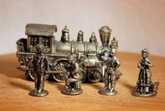"""4 Pewter Civilians & Steam Locomotive """"free ship in the US"""" #AmericanPewter #Miniature"""