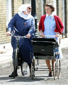 Jessica Raine and Pam Ferris film BBC period drama Call the Midwife