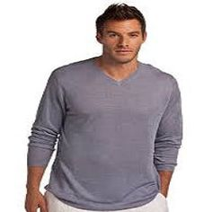 Island Company's Hightide V-Neck Linen Knit Sweater has unique color in a classic style. This men's knit sweater is lightweight for the tropical traveler! Casual Jeans, Casual Outfits, Travel Outfit Spring, Preppy Mens Fashion, Men's Fashion, Chelsea, Mens Fashion Sweaters, Dressing, Fitness