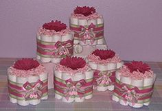 Mini Diaper Cupcakes Are A Unique Baby Shower Gift Idea. Perfect As Table Centerpieces or as Special Favors, Gifts and Baby Shower Decorations! Baby Shower Bouquet, Diaper Bouquet, Baby Shower Gift Basket, Unique Baby Shower Gifts, Cupcakes Baby Shower, Diaper Cupcakes, Baby Shower Themes, Shower Ideas, Baby Shower Table Centerpieces