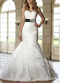 Romantic Taffteta Mermaid Strapless Sweetheart Neckline Natural Waist Floor Length Pleated Wedding Gown #Dressilyme