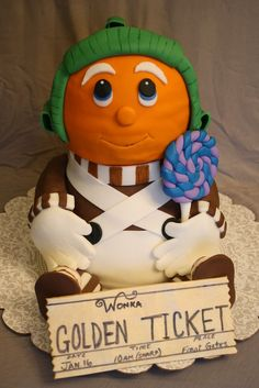 Oompa Loompa cake (all edible fondant detailing)