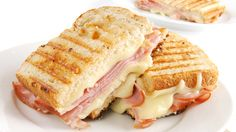 Easy-to-make sandwiches such as grilled cheese and peanut butter and jelly are simple comfort food. See all the ways you can enjoy sandwiches cheaply. Sandwich Jamon Y Queso, Cheese Sandwich Recipes, Sandwich Bar, Toast Sandwich, Ham Recipes, Cooking Recipes, Dinner Sandwiches, Delicious Sandwiches, Deli Sandwiches