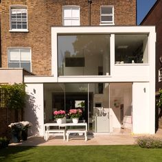 Two-storey extension | Modern extensions | Extension ideas | PHOTO GALLERY | housetohome.co.uk | Mobile