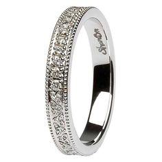 Celtic Trinity Knot Diamond Set 14K White Gold Wedding Ring Beautiful wedding ring #Shanore